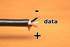 USB cable wires